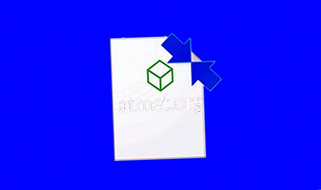 Proč některé soubory Windows 10 a složky mají dvě modré šipky?
